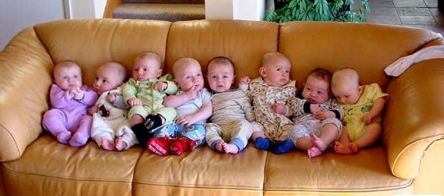 babies-on-couch